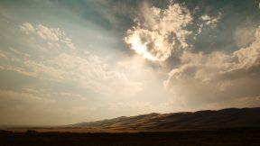 Wolken im Himmel. Cloud Computing kann helfen, große Datenmengen zu sichern.