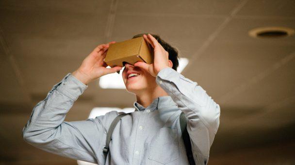 Virtual Reality (VR) und Augmented Reality (AR) - Der Mensch muss im Mittelpuunkt technologischer Innovationen stehen.