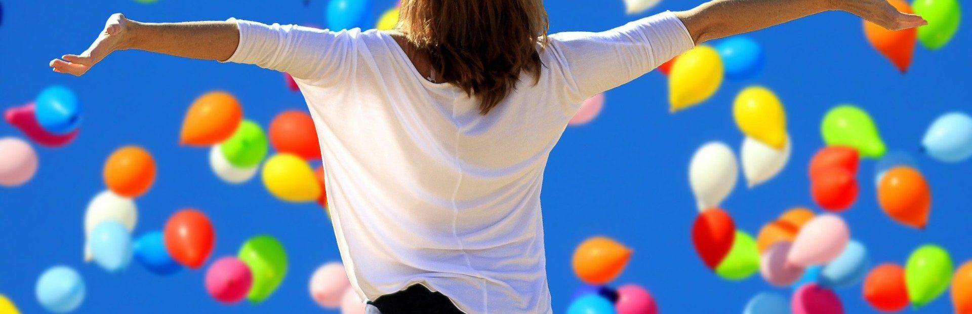 Positive Erlebnisse brennen sich ins Gedächnis ein. Unternehmen können mit Emotionen punkten.