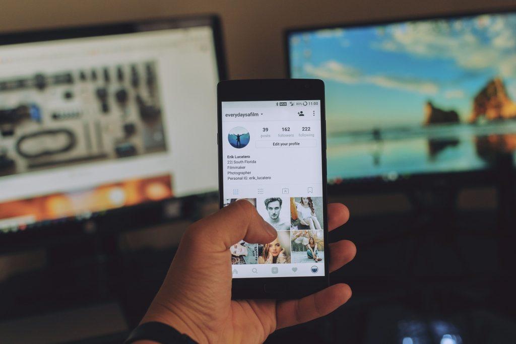 Social Listening ermöglicht es, im Internet wertvolle und aussagekräftige Daten zu gewinnen.