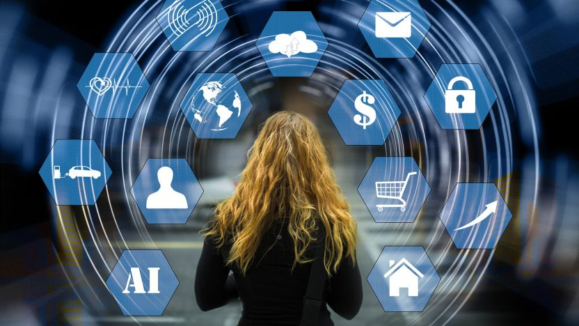 Der Mensch steht immer im Mittelpunkt der Digitalisierung - auch wenn es um künstliche Intelligenz geht