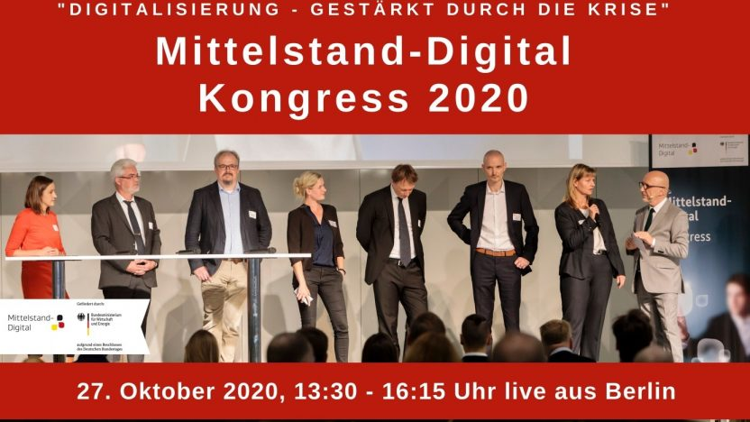Auf der Bühne stehen Menschen von der Initiative Mittelstand-Digital.