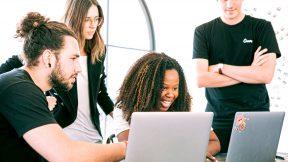 Die Arbeitsweise von Start-Ups unterscheidet sich in vielen Aspekten von der des Mittelstandes.