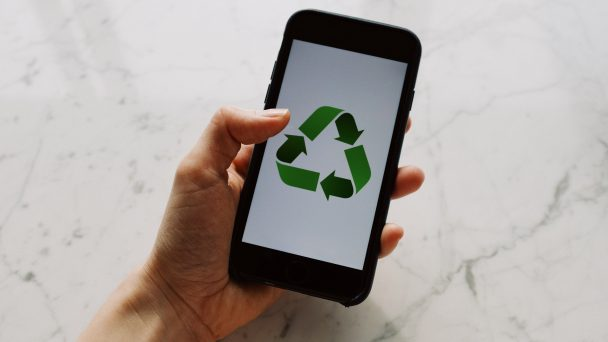 Neue Technologien unterstützen Unternehmen bei der Umsetzung zirkulärer Wertschöpfungsketten auf dem Weg in eine nachhaltige Wirtschaft.